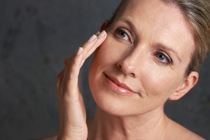Launching Fractora: tightening skin and improving complexion